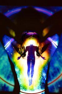 Wat zijn aura's en chakra's